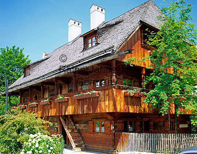 Deutschland, Bayern, Oberbayern, Muenchen: Kriechbaumhof, Jugendherbergshaus des Deutschen Alpenvereins | Germany, Bavaria, Upper Bavaria, Munich: Kriechbaumhof