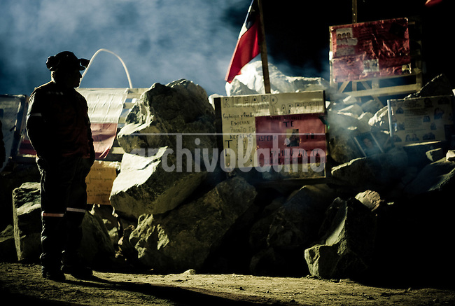 Chile, Copiapo, ago 2010.Relatives of the 33 miners are waiting and prayng for the rescue. Relatives, friends and rescue team around the mine where 33 miners are trapped in a collapsed tunnel 700 meters under the ground in North of Chile