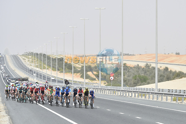 The peleton in action during Stage 1 of the 2018 Abu Dhabi Tour, Al Fahim Stage running 189km from Madinat Zayed to Adnoc School, Abu Dhabi, United Arab Emirates. 21st February 2018.<br /> Picture: LaPresse/Fabio Ferrari   Cyclefile<br /> <br /> <br /> All photos usage must carry mandatory copyright credit (© Cyclefile   LaPresse/Fabio Ferrari)