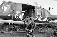 - Carabinieri of the helicopter-born Squadron Hunters of Aspromonte,specialized in the struggle against the organized crime  in Calabria, the Ndrangheta<br /> <br /> <br /> <br /> - Carabinieri dello Squadrone Elitrasportato Cacciatori di Aspromonte, specializzati nella lotta contro la criminalità organizzata in Calabria, la Ndrangheta