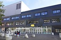Nederland  Amsterdam-  2020. IJBC. IJburg College. Voortgezet onderwijs.   Foto : ANP/ HH / Berlinda van Dam
