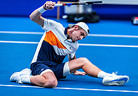 Alphen aan den Rijn, Netherlands, December 15, 2018, Tennispark Nieuwe Sloot, Ned. Loterij NK Tennis,  Semifinal men: Tallon Griekspoor (NED) is frustrated, he gets defeated by his brother Scott and reacs<br /> Photo: Tennisimages/Henk Koster