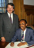 Montreal (Qc) CANADA - Circa 1990 file Photo -<br /> Jean-Bertrand Aristide, President , HAITI during an official visit in Montreal whre he meet with Mayor Jean Dore (L).