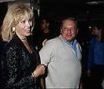 AMANDA LEAR CON PAOLO VILLAGGIO<br /> SERATA AL CLUB DELL'ANIMA ROMA 1996