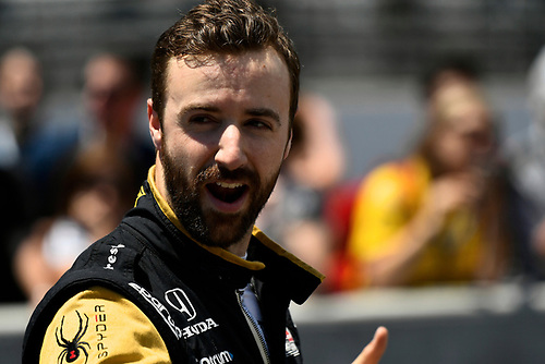 Verizon IndyCar Series<br /> Indianapolis 500 Carb Day<br /> Indianapolis Motor Speedway, Indianapolis, IN USA<br /> Friday 26 May 2017<br /> James Hinchcliffe, Schmidt Peterson Motorsports Honda during the pit stop competition<br /> World Copyright: Scott R LePage<br /> LAT Images<br /> ref: Digital Image lepage-170526-indy-9343