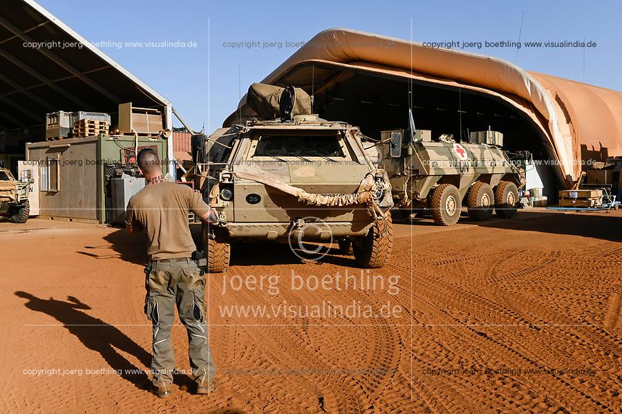 MALI, Gao, Minusma UN peace keeping mission, Camp Castor, german army Bundeswehr , vehicle workshop and maintenance / Fahrzeug Wartung und Reparatur