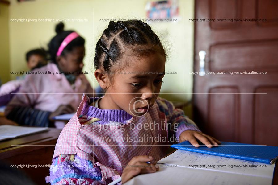 MADAGASCAR Antananarivo / MADAGASKAR Antananarivo, CENTER FIHAVANANA fuer Strassenkinder geleitet von den SCHWESTERN VOM GUTEN HIRTEN / SOEURS DU BON PASTEUR / GOOD SHEPHERD SISTERS