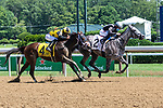 07172020:Junior Alvarado wins on Leaveuwithasmile Trained by Jermiah C Englehart at Saratoga 2020 <br /> Robert Simmons/Eclipse Sportswire