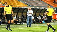 MEDELLÍN- COLOMBIA,  14-02-2021.Alberto Suárez director técnico de Jaguares de Córdoba gesticula durante partido por la fecha 6 entre Deportivo Independiente Medellín y Jaguares de Córdoba como parte de la Liga BetPlay DIMAYOR 2021 jugado en el estadio Atanasio Girardot de la ciudad de Medellín. /  cAlberto Suarez oach of Jaguares de Cordoba gestures during Match for the date 6 between Deportivo Independiente Medellin and  Jaguares de Cordoba as part of the BetPlay DIMAYOR League I 2021 played at Atanasio Girardot stadium in Medellin city. Photo: VizzorImage / Donaldo Zuluaga/ Contribuidor