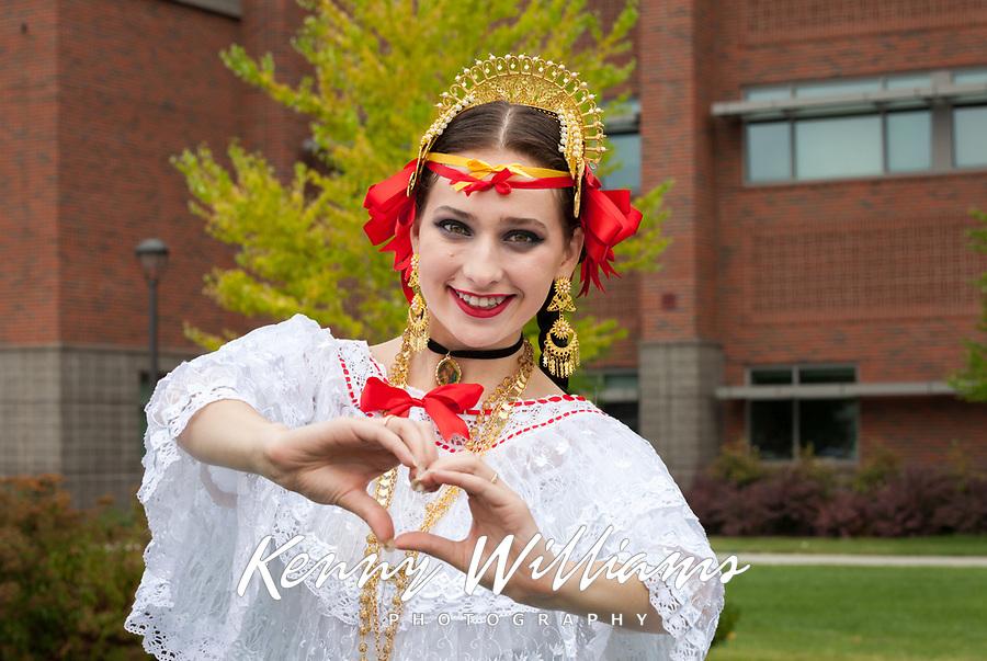 Alexandra Icela Prater, Panama Folklore, Auburn Days Parade 2017, Auburn, WA, USA.