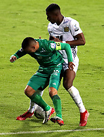 BOGOTA-COLOMBIA, 18-09-2020: Stalin Motta de La Equidad y Brayan Moreno de Boyaca Chico F.C. disputan el balon durante partido entre La Equidad y Boyaca Chico F.C. de la fecha 9 por la Liga BetPlay DIMAYOR I 2020, jugado en el estadio Metropolitano de Techo en la ciudad de Bogota. / Stalin Motta of La Equidad and Brayan Moreno of Boyaca Chico F.C. vies for the ball, during a match between La Equidad and Boyaca Chico F.C., of the 9th date for of BetPlay DIMAYOR League I 2020 at the Metropolitano de Techo stadium in Bogota city. / Photo: VizzorImage  / Santiago Cortes / Cont.