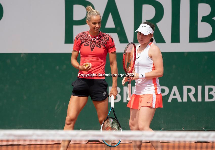 Paris, France, 2 june 2021, Tennis, French Open, Roland Garros, First round womans doubles match: Arantxa Rus (NED) (L) and  Tamara Zidansek<br /> Photo: tennisimages.com