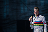 Rohan Dennis (AUS/BMC) is the new TT World Champion<br /> <br /> MEN ELITE INDIVIDUAL TIME TRIAL<br /> Hall-Wattens to Innsbruck: 52.5 km<br /> <br /> UCI 2018 Road World Championships<br /> Innsbruck - Tirol / Austria