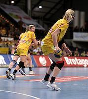 EHF Champions League Handball Damen / Frauen / Women - HC Leipzig HCL : SD Itxako Estella (spain) - Arena Leipzig - Gruppenphase Champions League - im Bild: Sweden Power - Sara Eriksson hat den Ball zurück erobert. Foto: Norman Rembarz .