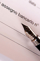 Libretto di assegni bancari. Book of checks. Checkbook...