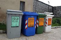 Containers of waste sorting for separate different elements..Contenitori per la raccolta differenziata dei rifiuti.....