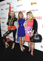 Kate Crash + Catherine Hardwicke + Coleen Camp @ the premiere of 'Masterminds' held @ the Chinese theatre in Hollywood, USA. September 26, 2016 # PREMIERE DU FILM 'MASTERMINDS' A HOLLYWOOD