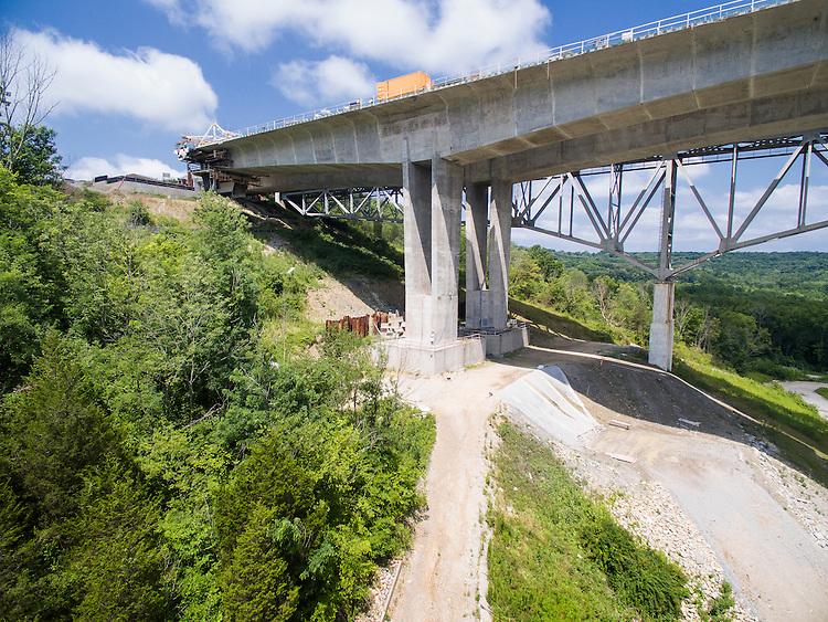 Jeremiah Morrow United States Interstate 71 Bridge Aerial Photography | HNTB