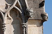 Europe/France/Aquitaine/64/Pyrénées-Atlantiques/Pays-Basque/Bayonne: Détail Sculpture sur les flèches de la Cathédrale Sainte-Marie