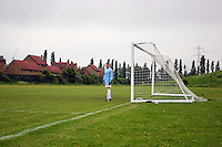 The New North Rangers goalkeeper waits in his area during the East London Advertiser Sunday Cup Final at Ive Farm Arena, Leyton - 25/05/08 - MANDATORY CREDIT: Gavin Ellis/TGSPHOTO - Self billing applies where appropriate - Tel: 0845 094 6026