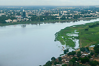 CHAD, N`Djamena , aerial view, river Chari, frontier to Cameroon / TSCHAD, Ndjamena, Luftaufnahme, Fluss Schari, Grenze zu Kamerun