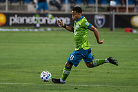 SAN JOSE, CA - OCTOBER 18: Jordy Delem #8 of the Seattle Sounders dribbles the ball during a game between Seattle Sounders FC and San Jose Earthquakes at Earthquakes Stadium on October 18, 2020 in San Jose, California.