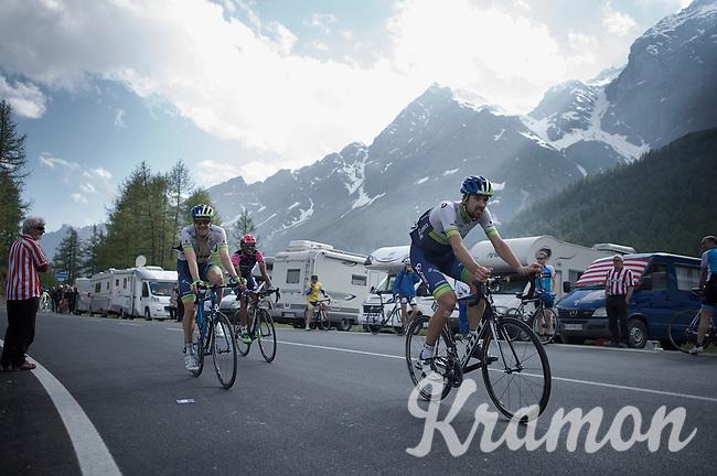 Luke Durbridge (AUS/Orica-GreenEDGE) & Sam Bewley (NZL/Orica-GreenEDGE) rolling into the last stretch towards the finish<br /> <br /> Giro d'Italia 2015<br /> stage 19: Gravellona Toce - Cervinia (236km)