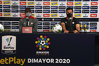 BOGOTÁ- COLOMBIA, 26-12-2020: Juan Cruz Real y Adrian Ramos del América durante rueda de prensa previo al encuentro entre  Independiente Santa Fe y el América de Cali epor la final Vuelta como parte de la Liga BetPlay DIMAYOR 2020 en la ciudad de Bogotá. / Juan Cruz Real and Adrian Ramos of America during press conference prior a second leg final match between Independiente Santa Fe and América de Cali as part of BetPlay DIMAYOR 2020 League in Bogotá city. Photo: VizzorImage / Daniel Garzon / Contribuidor