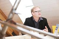 Portrait und Interview mit Philip Douglas Gruender von Simpel GmbH und Velobility im Showroom in Mettmenstetten (ZH) und im Hauptsitz in Maschwanden am Montag 22.05.12 ..Copyright © Zvonimir Pisonic