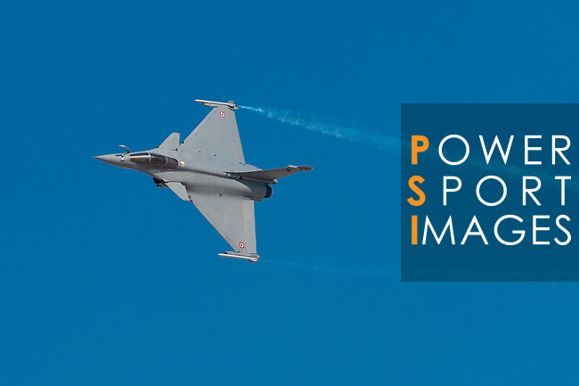 A Rafale fighter jet, manufactured by Dassault Aviation SA performs a flying exhibition during the Dubai Air Show on 9 November 2015 at the outskirts of Dubai, United Arab States. Photo by Victor Fraile / Power Sport Images