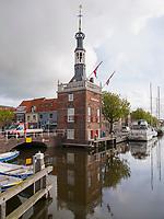Hafengebouw in Alkmaar, Provinz Nordholland, Niederlande<br /> Harborbuilding Hafengebouw  in Alkmaar, Province North Holland, Netherlands