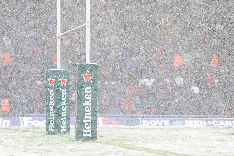 Heavy snow falling during the Heineken Cup 6th round match between Leicester Tigers and Stade Toulousain at Welford Road on Sunday 20th January 2013 (Photo by Rob Munro).