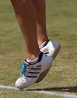 15-06-10, Tennis, Rosmalen, Unicef Open, shoes with blue laces