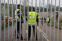 Workers at the Visteon plant in Enfield, North London picket the plant to stop casual workers entering to decommission the factory. They were sacked at 6 minutes notice as the company went bankrupt. Nobody crossed their picketline during the morning.