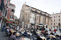 Una veduta di Campo Santo Stefano, con i caffe' all'aperto e la chiesa sullo sfondo.<br /> A view of Campo Santo Stefano, with cafes and the church on background, in Venice.<br /> UPDATE IMAGES PRESS/Riccardo De Luca