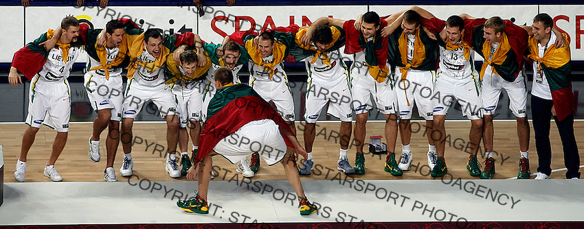 Lithuania team, 3rd place in the Basketball World championship in Istanbul, Turkey on Sunday, Sep. 12, 2010. (Novak Djurovic/Starsportphoto.com) .
