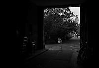 Protest der Anwohner an der Windmühlenstraße 23-31 / Grünewaldstraße 13-19 und Brüderstraße 1-4 - die Häuser in denen sie wohnen sollen saniert werden - doch damit verliert das Viertel seinen Charme und die Wohnungen ihre Erschwinglichkeit..Foto: aif / Norman Rembarz..Jegliche kommerzielle wie redaktionelle Nutzung ist honorar- und mehrwertsteuerpflichtig! Persönlichkeitsrechte sind zu wahren. Es wird keine Haftung übernommen bei Verletzung von Rechten Dritter. Autoren-Nennung gem. §13 UrhGes. wird verlangt. Weitergabe an Dritte nur nach  vorheriger Absprache. Online-Nutzung ist separat kostenpflichtig..