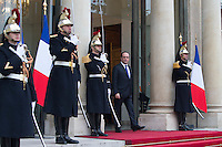 French President Francois Hollande receves the Senegal's President Macky Sall as he arrives at the Elysee Palace during a visit in Paris as part of his state visit to France, December 20, 2016. # FRANCOIS HOLLANDE RECOIT MACKY SALL, LE PRESIDENT DU SENEGAL, A L'ELYSEE