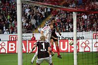 Kopfball von Sotirios Kyrgiakos (Eintracht Frankfurt)