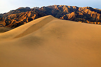 Sand dunes near Stovepipe Wells and Tucki Mountain of the Panamint Range, Death Valley National Park, California