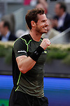 Andy Murray from UK celebrates his victory at the Madrid tennis Open men's final match against Rafa Nadal from Spain in Madrid, Spain. May 10, 2015. (ALTERPHOTOS/Victor Blanco)