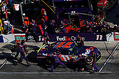 Monster Energy NASCAR Cup Series<br /> AAA Texas 500<br /> Texas Motor Speedway<br /> Fort Worth, TX USA<br /> Sunday 5 November 2017<br /> Denny Hamlin, Joe Gibbs Racing, FedEx Office Toyota Camry, pit stop<br /> World Copyright: Michael L. Levitt<br /> LAT Images