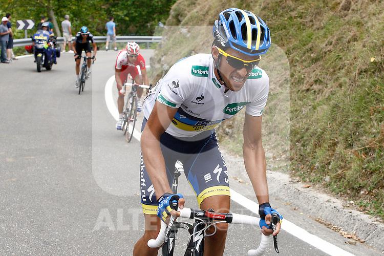 Alberto Contador (r) and David Moncoutie during the stage of La Vuelta 2012 beetwen Santander-Fuente De.September 5,2012. (ALTERPHOTOS/Paola Otero)