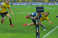 Mark telea scores for the Blues during the Super Rugby match between the Hurricanes and Blues at Sky Stadium in Wellington, New Zealand on Saturday, 7 March 2020. Photo: Dave Lintott / lintottphoto.co.nz