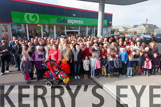Huge numbers came out on Sunday for the opening of Dalys GALA & Expert Hardware Store in Murreigh, Waterville.