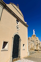 Marienstatue und Kapelle Notre Dame de la Serra bei Calvi, Korsika, Frankreich