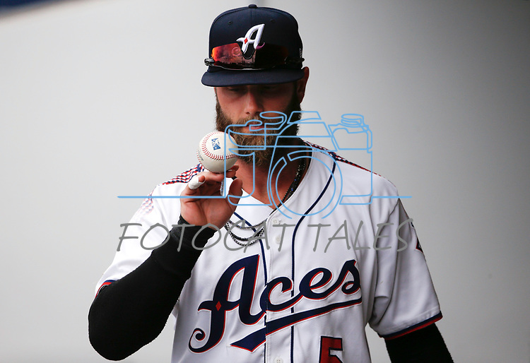 Reno Aces' Christian Walker gets ready for a game against the Tacoma Rainiers, in Reno, Nev., on Friday, May 28, 2021. <br /> Photo by Cathleen Allison