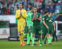 15.04.2018, Football 1. Bundesliga 2017/2018, 30.  match day, SV Werder Bremen - RB Leipzig, Weserstadium Bremen.  goalkeeper Jiri Pavlenka (Werder Bremen) and Max Kruse (Werder Bremen)  *** Local Caption *** © pixathlon<br /> <br /> Contact: +49-40-22 63 02 60 , info@pixathlon.de