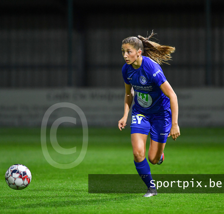 Fran Meersman (5 Gent) pictured during a female soccer game between  AA Gent Ladies and Sporting Charleroi Feminin on the fifth matchday of the 2020 - 2021 season of Belgian Scooore Womens Super League , friday 16 th of October 2020  in Oostakker , Belgium . PHOTO SPORTPIX.BE | SPP | DAVID CATRY