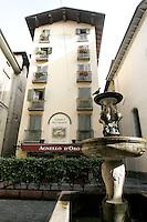 Veduta esterna del ristorante ed albergo Agnello d'Oro a Bergamo.<br /> Exterior view of the Agnello d'Oro restaurant and hotel in Bergamo.<br /> UPDATE IMAGES PRESS/Riccardo De Luca
